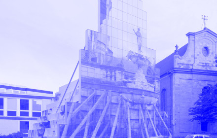 Peles_Empire_Sculpture_Skulptureprojekte_Münster_2017_StudioViolet_blue