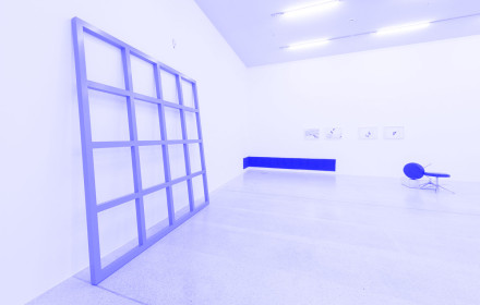 Tom Burr_Surplus Myself_Blue Grid_Westfälischer Kunstverein Münster_Studio Violet_blue